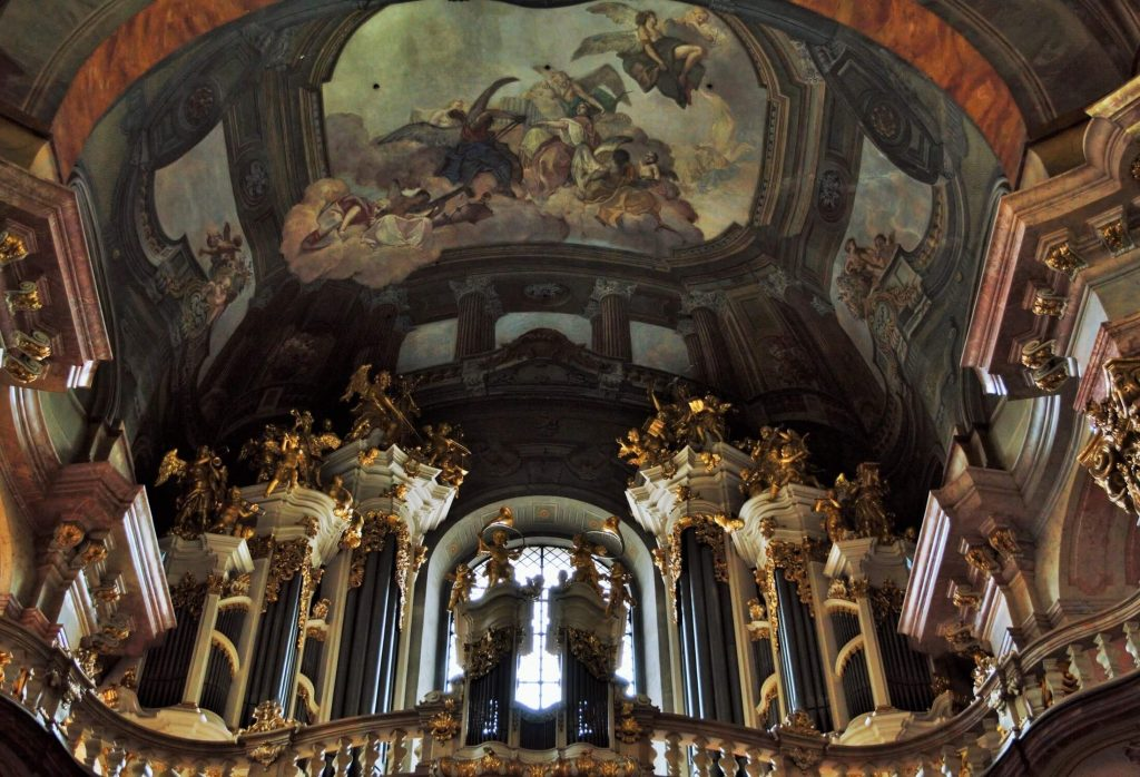 praga - catedrala sf nicolae 2