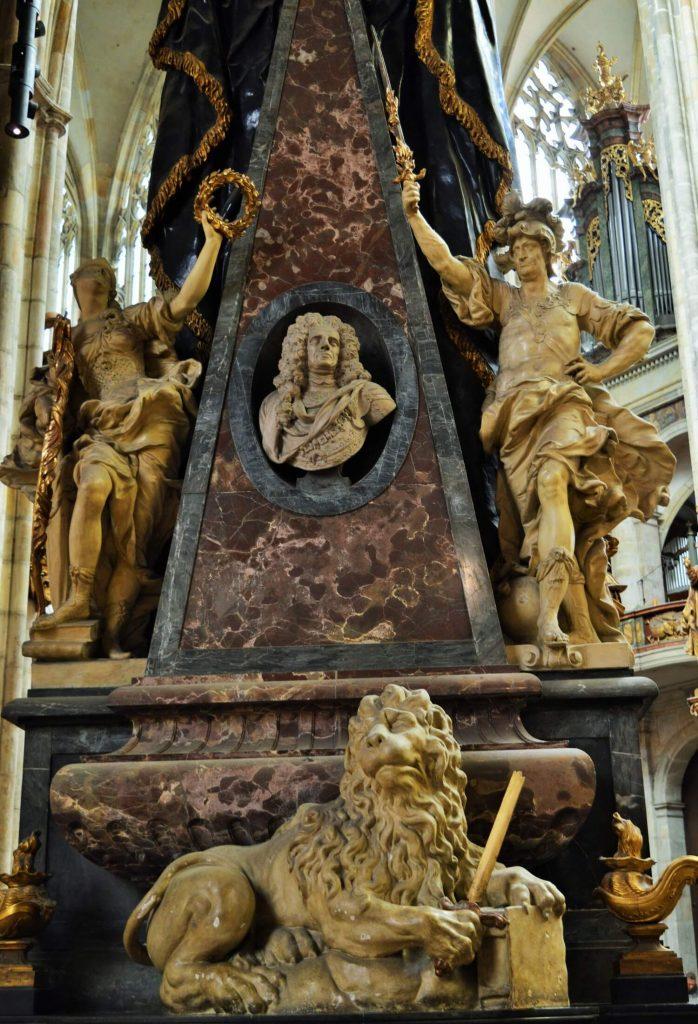 st vitus cathedral prague 7